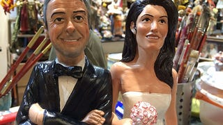 Illustration for article titled Here's a Statue of George Clooney Marrying a Statue of Amal Alamuddin