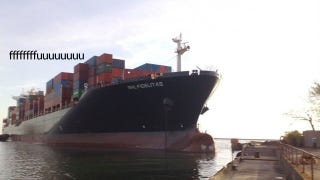 Illustration for article titled This Is What Happens When a 54,000-ton Ship's Brakes Fail
