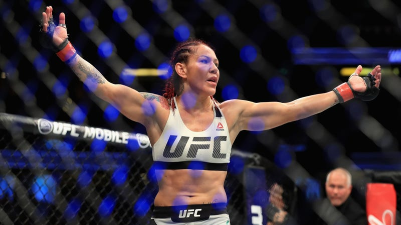 Illustration for article titled Dana White Says UFC Is Releasing Cris Cyborg From Her Contract