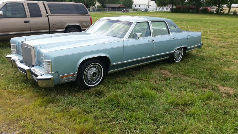 Fight the boring, my review of my 1979 Lincoln Continental