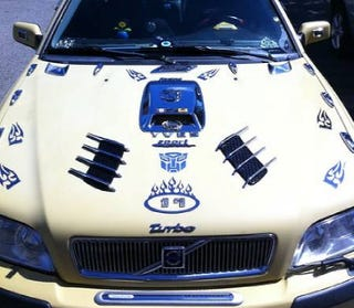Illustration for article titled For $5,500 In Loonies, This Is The Car With The Walmart Tattoo
