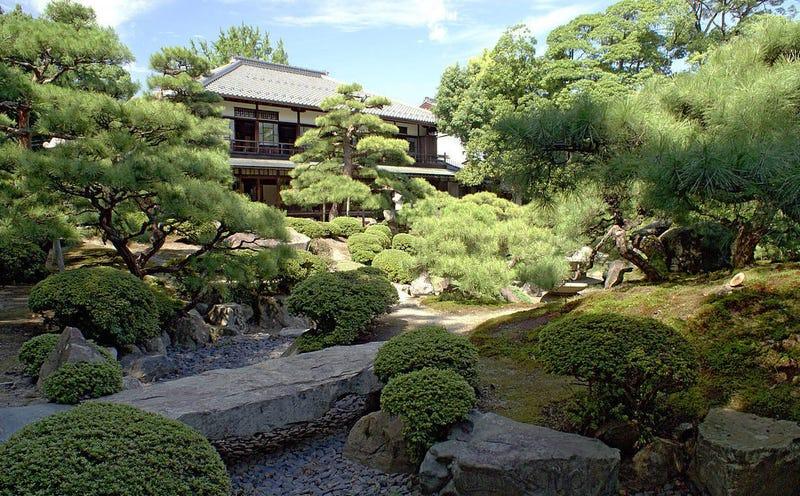 El hotel más antiguo del mundo está en Japón y existe desde el año 705 (hace 1.300 años)