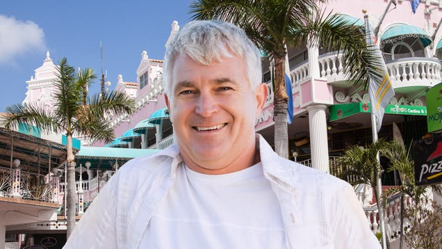 Heartbreaking: Dad Is Excited Out Of His Fucking Mind After Asking A Cab Driver In Aruba To Take Us Where The Locals Eat And Getting Dropped Off At What's Basically An Olive Garden