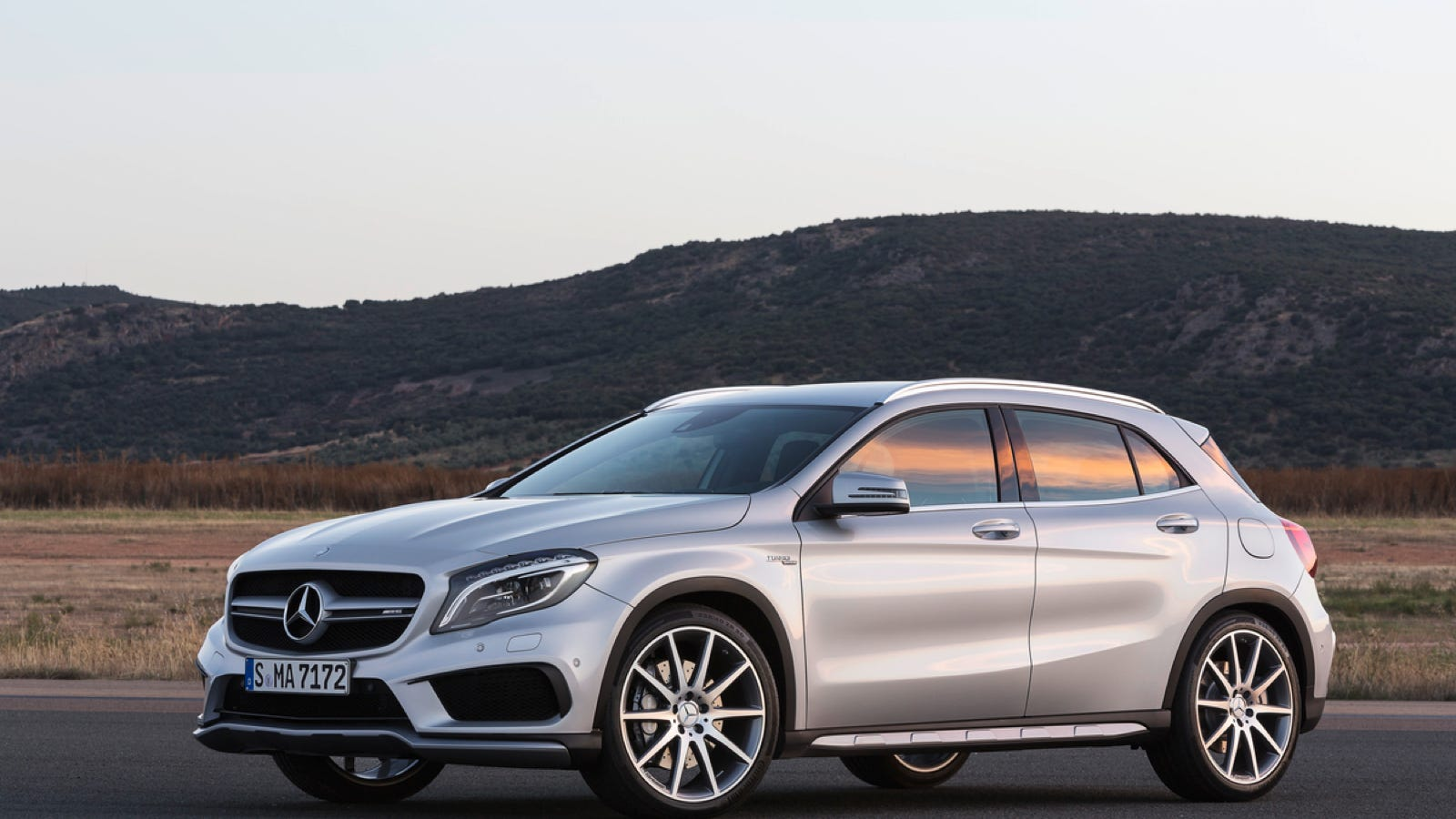 Mercedes GLA And GLA45 AMG: The Ultimate Buyer\u0027s Guide