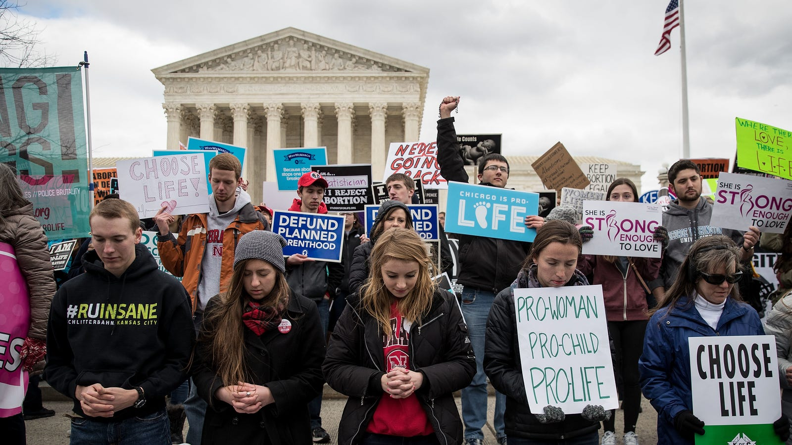 Ohio Is Bringing Back the 'Heartbeat' Bill That Effectively Criminalizes All Abortion