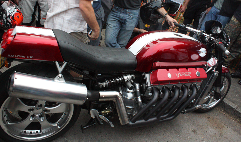 Illustration for article titled Home-Built Dodge Viper Motorcycle = Impossible Win