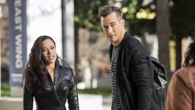 Jessica Camacho, Tom Cavanagh/The CW