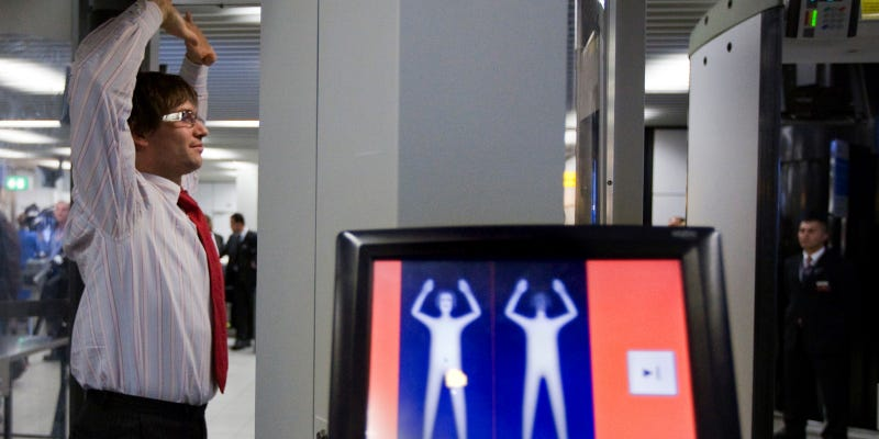 Illustration for article titled The TSA's Full-Body Scanners Are Now Compulsory 'For Some Passengers'
