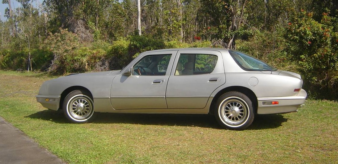 Todayu0027s 1 of 90 Nice Price or Crack Pipe Avanti four door presently resides on the island of Oahu in Hawaii. That means that itu0027s definitely worth a trip ... & Could This 1990 Avanti LTS Four-Door Be Worth $28000? Itu0027s Got ...