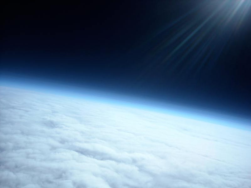 Illustration for article titled Teens Capture Amazing Shots 20 Miles from Earth's Surface With a Balloon