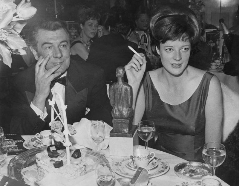 Michael Redgrave and Maggie Smith. (Photo: Sydney O'Meara/Evening Standard/Hulton Archive/Getty Images)