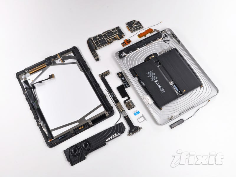 Illustration for article titled iPad 3G Dismantled: There Are Five Antennas