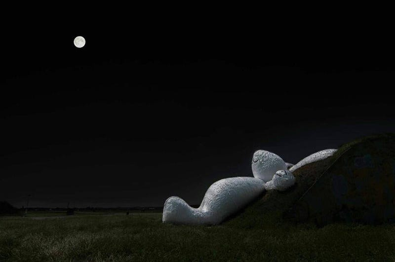 Illustration for article titled This Giant Moon-Gazing Rabbit Reminds Us To Dream About The Impossible