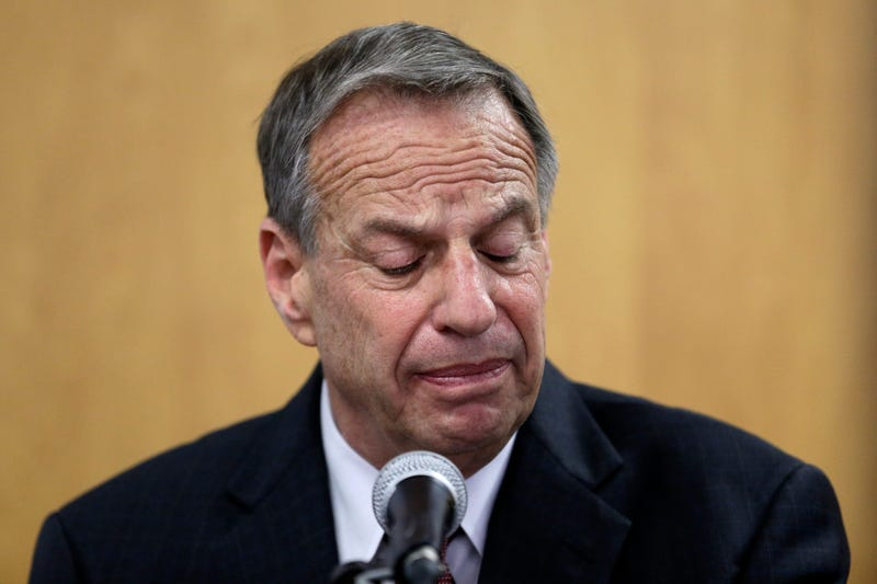 Illustration for article titled Creepy Mayor Bob Filner Is Forced to Get the Fuck Out of Office