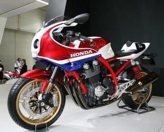 Illustration for article titled Tokyo Motor Show: Honda Unveils CB1100R