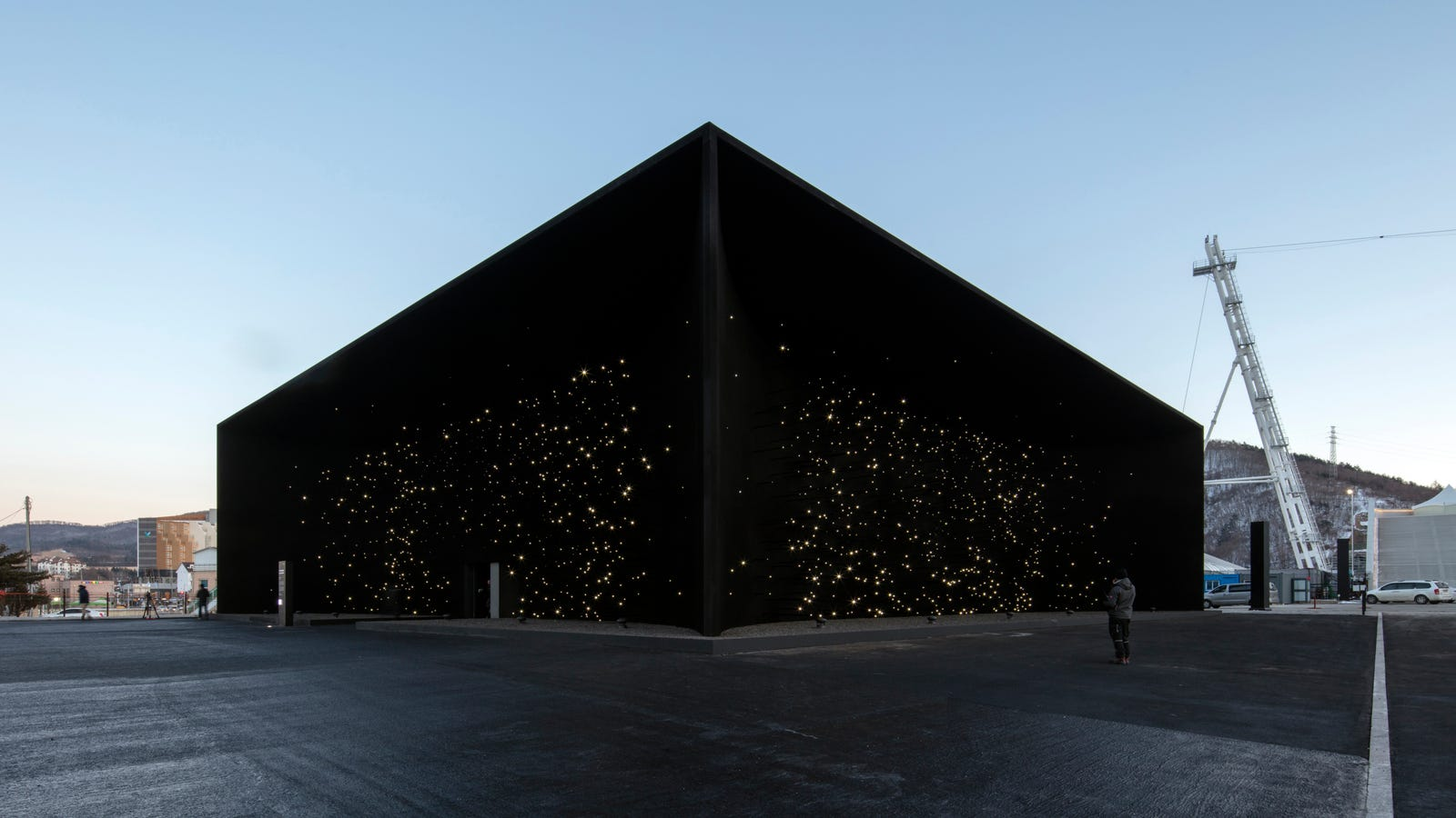 nzudnsmbmdaa9jfi080i - My New Home is This Void-Like Pavilion in Pyeongchang, Painted in the Blackest Black worldwide