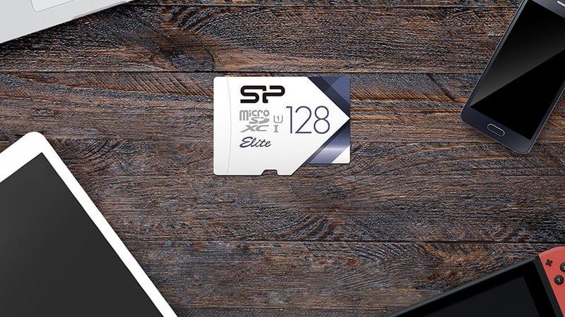 MicroSD Silicon Power de 128GB | $18 | AmazonFoto: Amazon