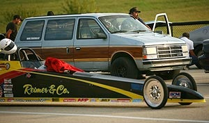 Illustration for article titled All Hail The '89 Turbo Mini-Van!
