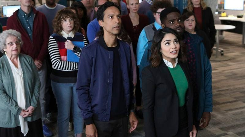 In its entertaining premiere, Powerless stakes out a quirky corner of the DC universe