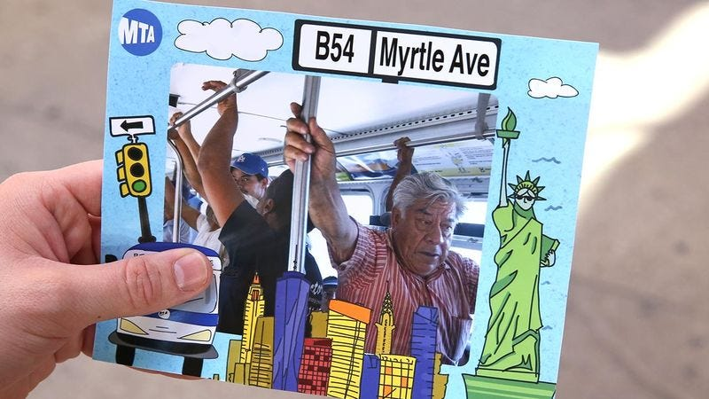 Illustration for article titled Public Transit FTW: New York City Is Now Offering Passengers Souvenir Photos Of Their Bus Ride
