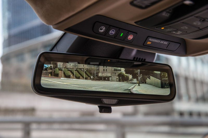 """Cadillac's """"Full Display Mirror"""" in action"""