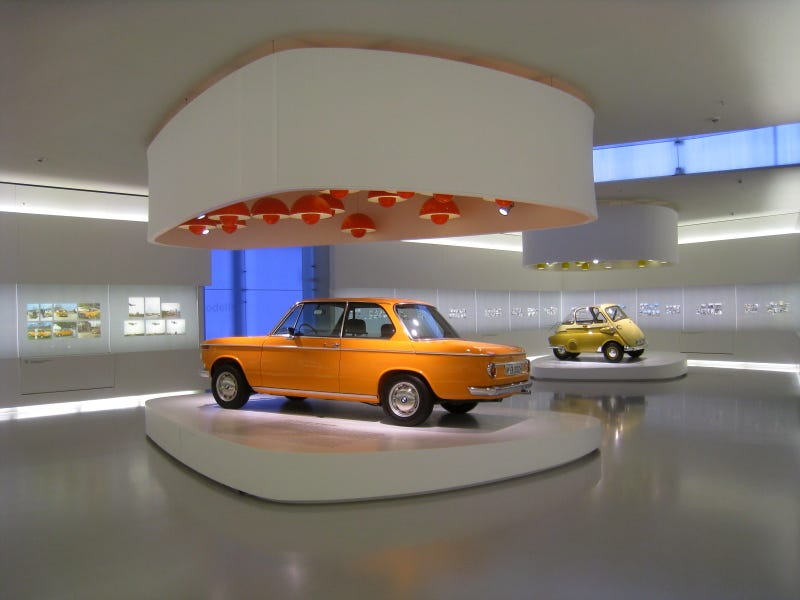 Illustration for article titled What a great opportunity to get $$ from the BMW museum's dead curator!