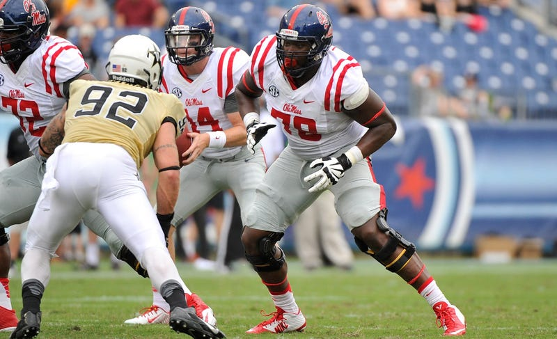Illustration for article titled Ole Miss Benches Laremy Tunsil As Precaution Against NCAA Process