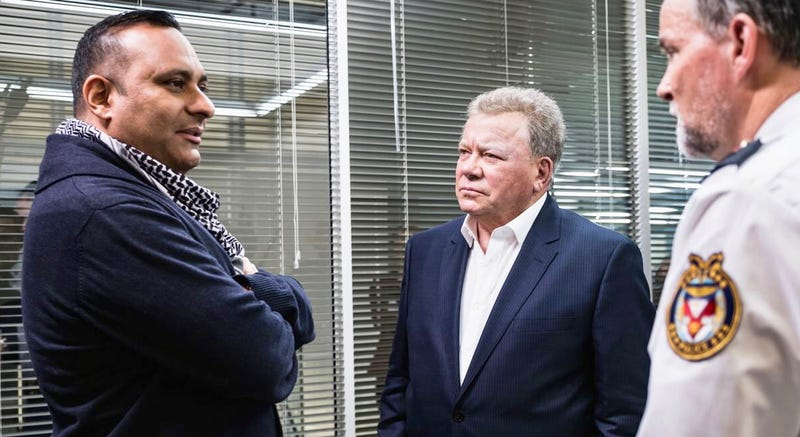 Russell Peters (left) and William Shatner in The Indian Detective (Photo: Netflix)