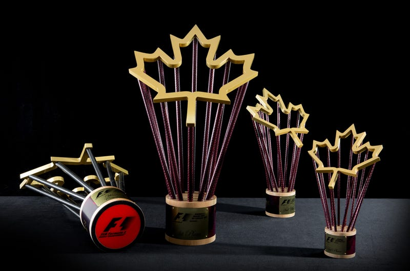 Designing Imprinted Crystal Awards For Promotions