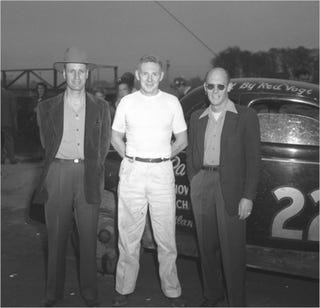 Illustration for article titled NASCAR Pioneer Raymond Parks Dead At 96