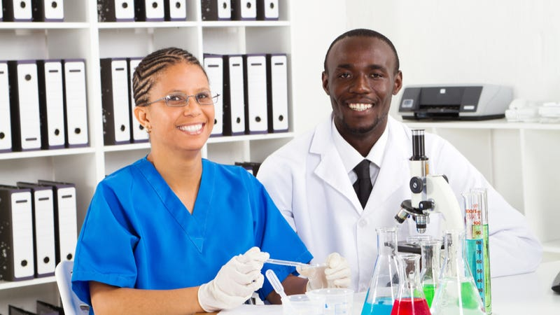 Illustration for article titled NIH study reveals black scientists are systematically underfunded