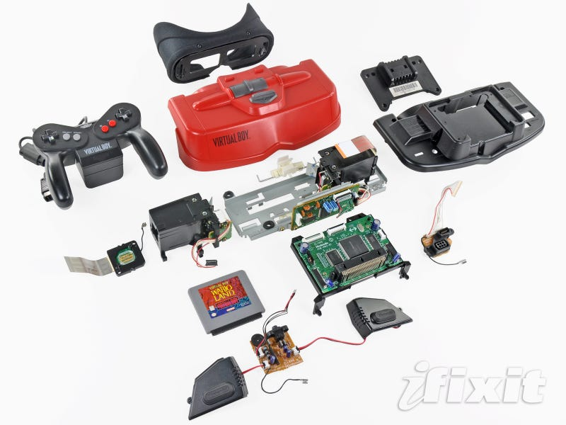 Illustration for article titled Nintendo's Virtual Boy Gets Torn Apart
