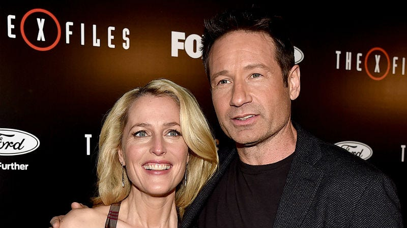 Illustration for article titled Fox Tried to Pay Gillian Anderson Half of David Duchovny's Salary—Again