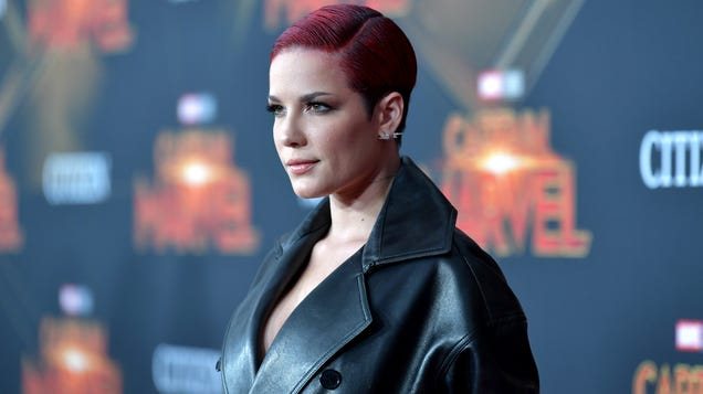 Halsey calls out the LAPD for its violence against peaceful protesters in L.A.