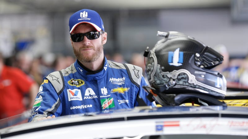 Illustration for article titled Dale Earnhardt Jr.'s Racing to the Finish is a Fascinatingly Unconventional Autobiography of the Medical Issues in a Racing Career