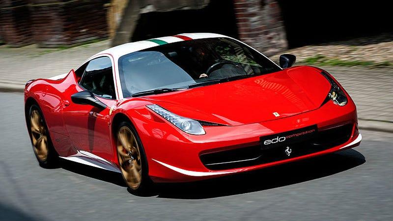 "Illustration for article titled Ferrari 458 Italia ""Niki Lauda Edition"" For Sale"