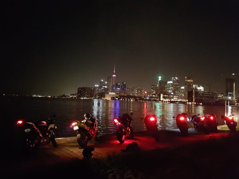 Illustration for article titled Toronto photos