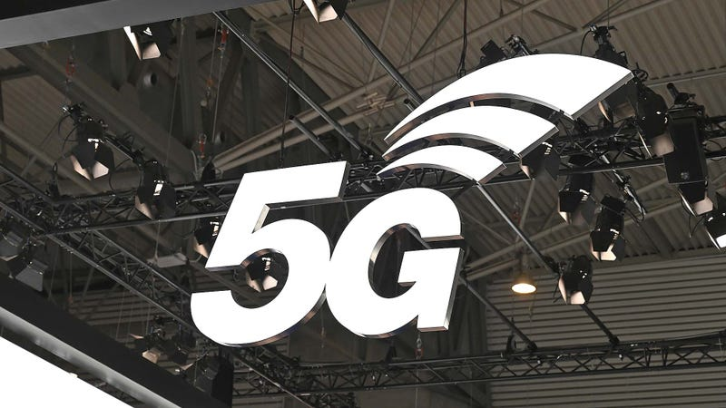 The Battle for 5G Is Making Carriers Absurdly Petty