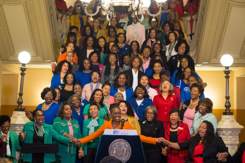 Chirlane McCray stands with members of the Sisters Thrive initiative, which unites women from six historically black organizations to advance mental health and wellness issues in the black community. Sisters Thrive was launched Dec. 11, 2017.  (Courtesy of the Office of the Mayor of New York City)