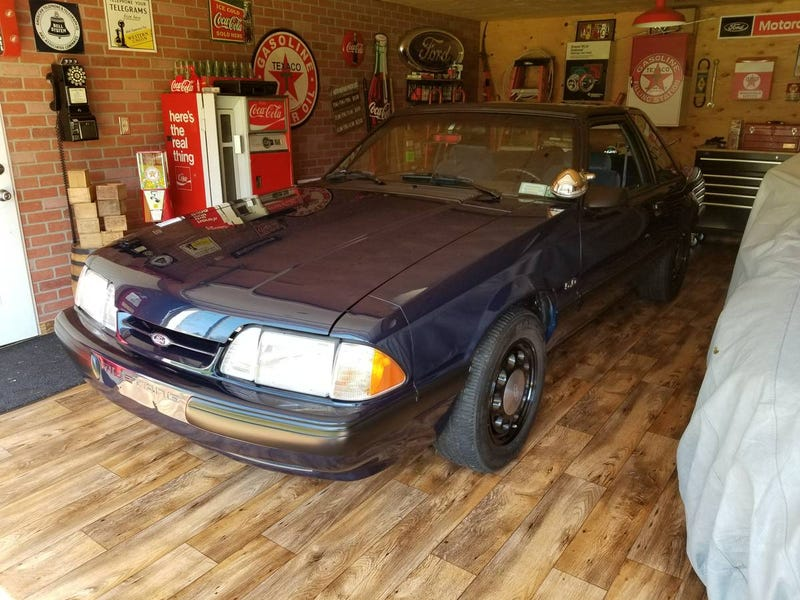 Illustration for article titled At $16,900, Could This 1989 Ford Mustang 5.0 Be Another Notch On Your Belt?