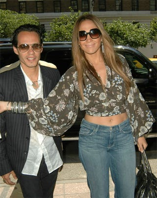 Illustration for article titled Jennifer Lopez Might Be Getting A Little Old For That Exposed Midriff