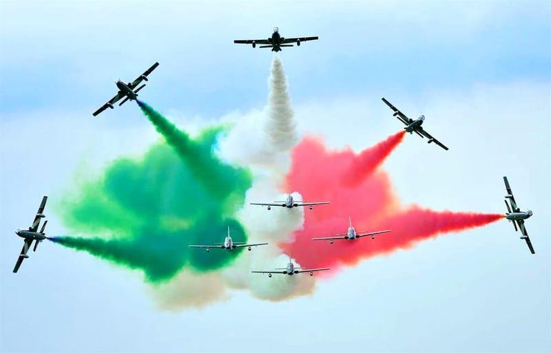 Illustration for article titled Frecce Tricolori