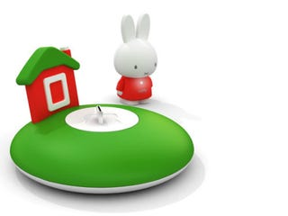 Illustration for article titled MP3-Playing Bunny Uses Most Adorable Dock Possible