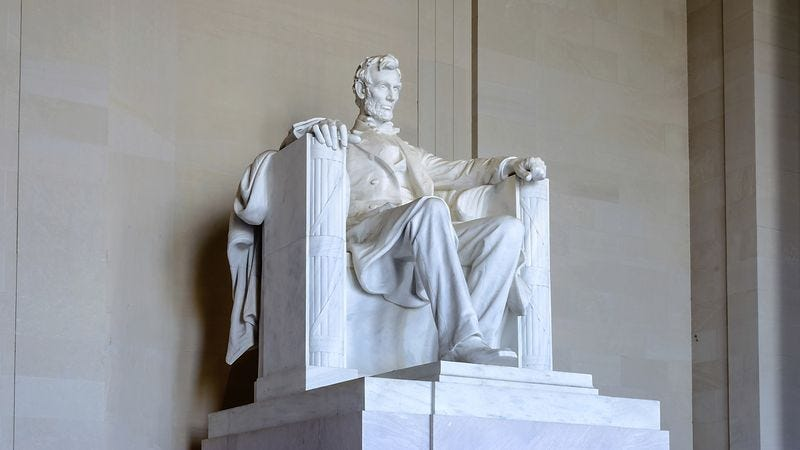 Illustration for article titled Mystery Solved! The Lincoln Memorial Was A Tribute To President Abraham Lincoln