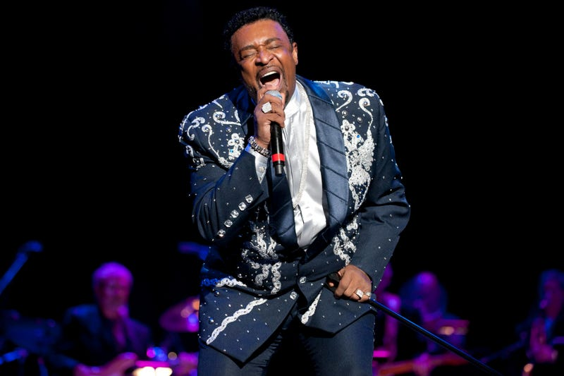 Dennis Edwards performs at the Rock and Roll Hall of Fame tribute concert on Nov. 5, 2011, in Cleveland. (Jason Miller/Getty Images for Rock & Roll Hall Of Fame)