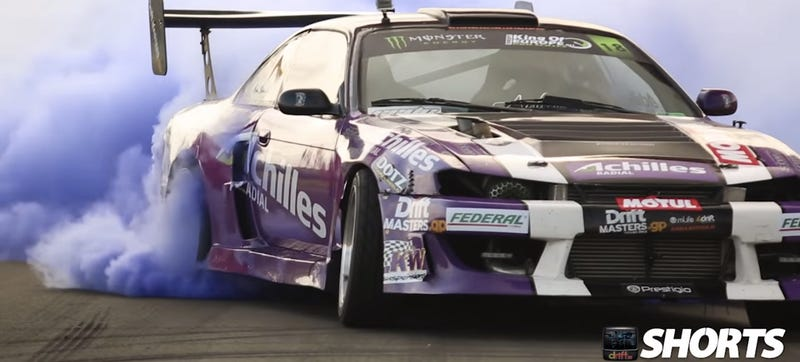 Illustration for article titled Watch A 900 HP Twin Turbo V8 Nissan Rip A Massive Purple Burnout