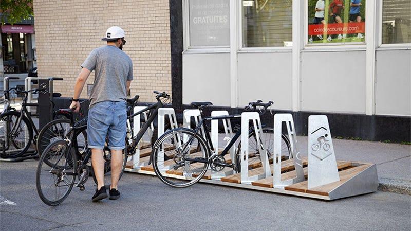 Québec à vélo bike rack by Para-Sol