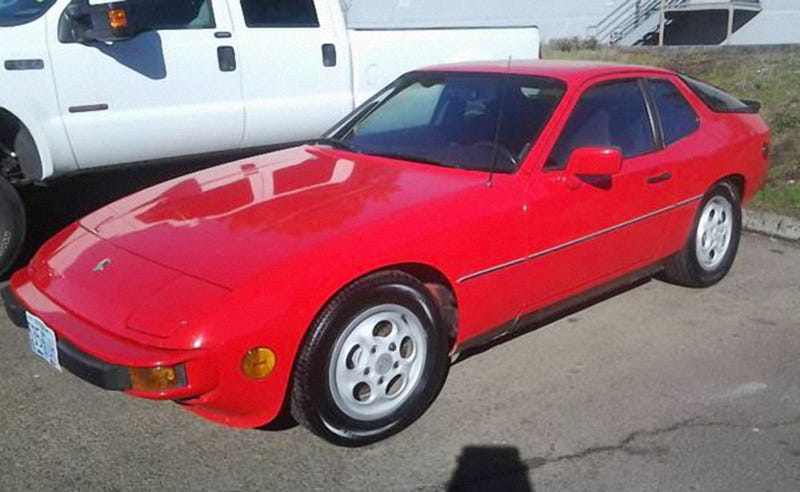 Illustration for article titled For $4,495, This 1987 Porsche 924S Could Let You Into The Porsche Club