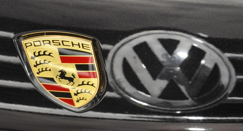 Volkswagen shrugs off cartel allegations