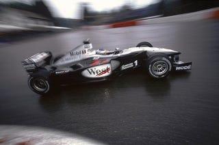 Illustration for article titled Häkkinen vs. Schumacher: The Greatest Overtaking In Formula One